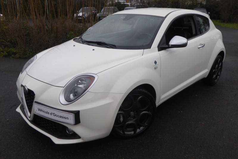 Alfa Romeo MITO 1.4 TB MULTIAIR 140CH LUSSO TCT STOP&START Essence BLANC Occasion à vendre